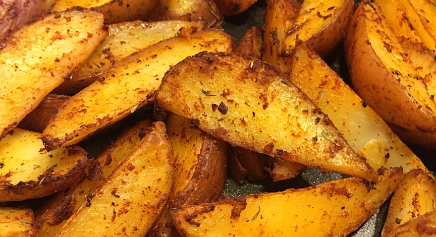 smoky-spicy-potato-wedges